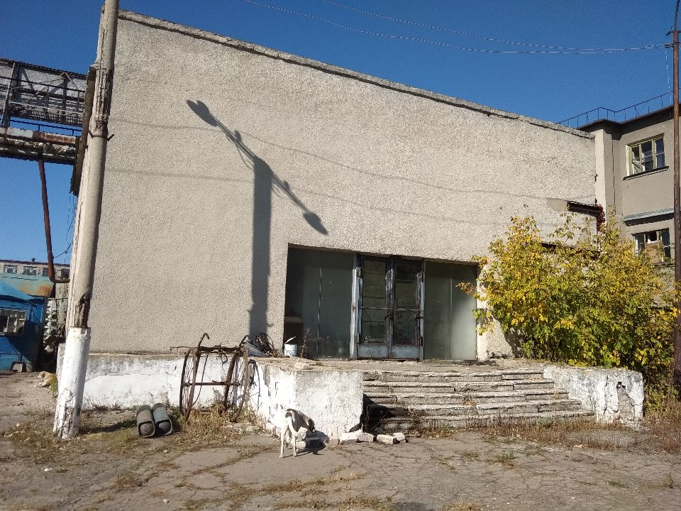Будівля прохідної № 3, загальною площею 187,10 м.кв. (Літ. А), що знаходиться за адресою Луганська область, місто Рубіжне, пл. Хіміків, 2е