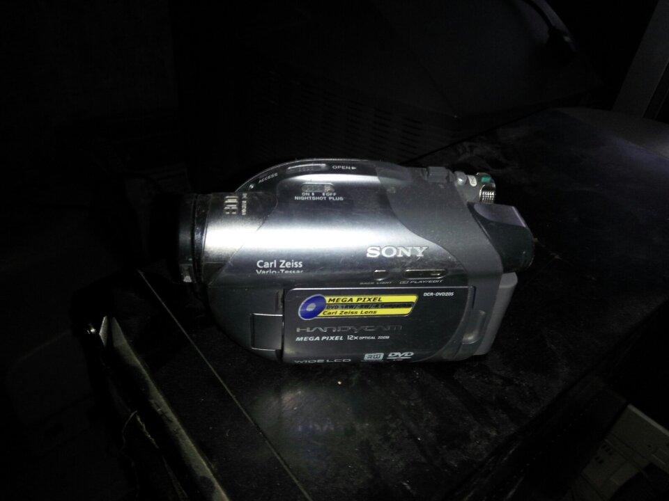 3 од., б/в: 1)Камера