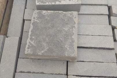 Плитка різана термооброблена 10*10  в кількості 52 м. кв.